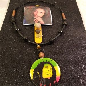Other - Bob Marley Magnet and necklace gift set